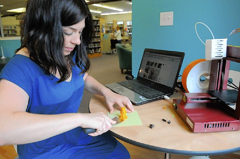 Heard Off the Street: Library's 3-D printer spits out all kinds of fun and learning  (By TTW Contributor Justin Hoenke)